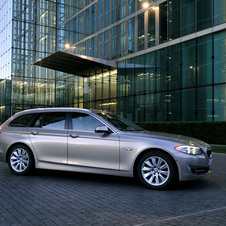 BMW 530i Touring AT