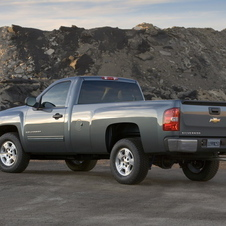 Chevrolet Silverado 1500 Regular Cab 4WD LT1 Long Box
