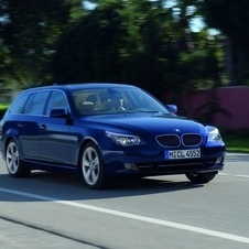 BMW 530i xDrive Touring Auto (E61)