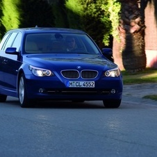 BMW 530d xDrive Touring Auto (E61)