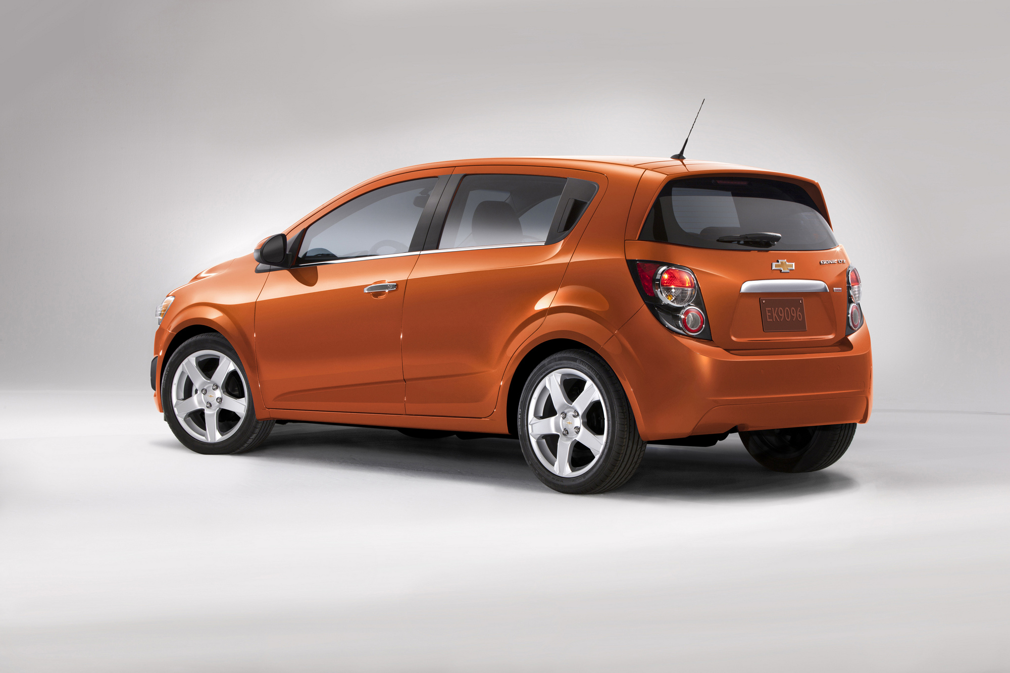 Chevrolet Sonic 1.4 LT Automatic