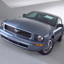 Ford Mustang V6 Automatic