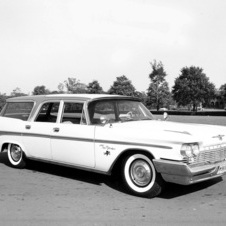 Chrysler New Yorker Town & Country