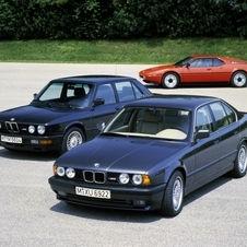 The M5 received a second generation in 1988