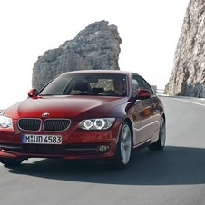 BMW 325i Coupé Edition Exclusive AT