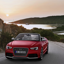 The RS5 cabriolet brings open top driving to the RS5