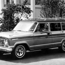 Jeep Super Wagoneer