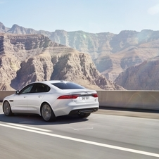 The new generation of the XF is based on the new Jaguar platform with advanced aluminium-intensive architecture