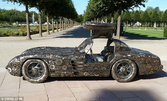 Trio builds Mercedes 300 SLR from scrap metal