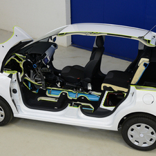 PSA first showed the HYbrid Air System on a Citroën C3, it will be on a 2008 at Geneva.