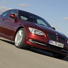 BMW 320i Coupe SE