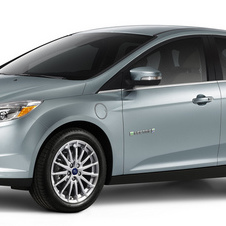 Ford offers solar roof for Focus Electric