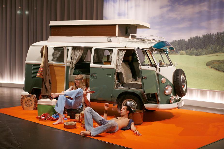 Inside the camp hippies rasta - 4 6