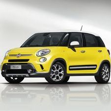 The 500L Trekking is meant to be a compromise for an all-wheel drive model