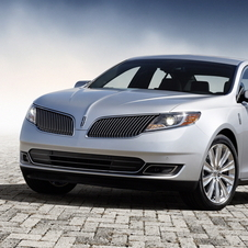 Refreshed 2013 Lincoln MKS Gets Toothy Grin, More Power and Better Efficiency