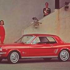 Ford Mustang 390