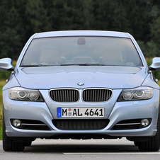 BMW 318d Edition Lifestyle
