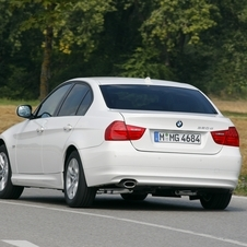 BMW 320d Navigation EfficientDynamic (E90) LCI