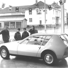The Autonova was built as a concept in 1965 as an inexpensive sports car for young people with running gear from the NSU Prinz