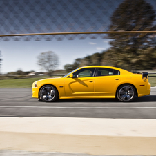 Dodge Preps New Charger SRT8 Super Bee for 2012