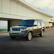 Land Rover Launches Discovery and Range Rover Special Editions