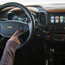 The new system can be activated via knobs, touch screen or steering wheel