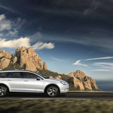 The C5 CrossTourer will be available in two trim levels, Millenium and Exclusive