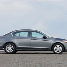 Honda Accord LX-P 5-Spd AT (USA)