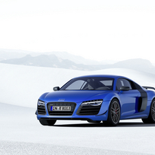 The R8 LMX is powered by a more powerful version of the 5.2 liter V10 petrol engine