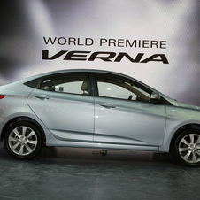Hyundai Verna 1.4L DOHC AT