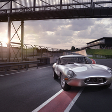 Six units of the E-Type Lightweight will be built and sold