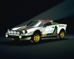 Stratos HF Group 4
